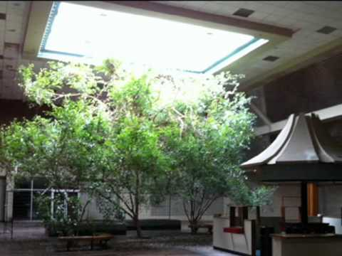 Abandoned Mall: White Lakes Mall in Topeka, KS