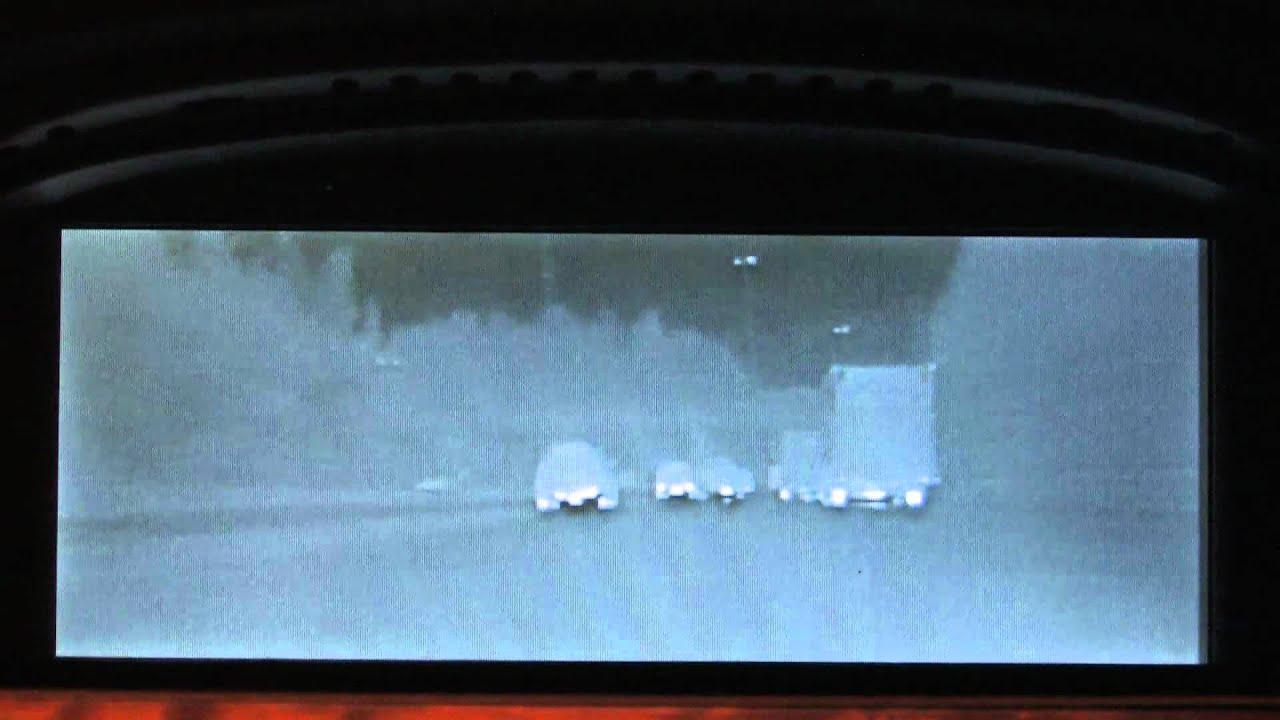 Bmw Night Vision On 5 Series E61 Youtube