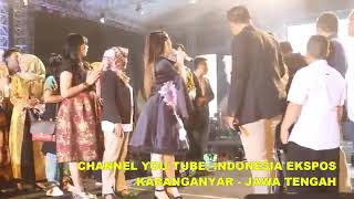 LANGKA! Via vallen dan Nella kharisma sepanggung ft bapak yuliatmono bupati karangnayar