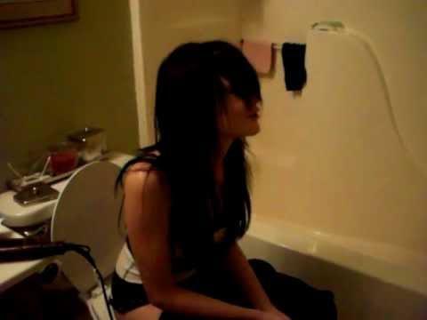 White girl version of sitting on the toiletp youtube for White chicks bathroom scene