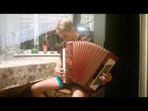 Yakety Sax (Benny Hill Theme) Akordeon