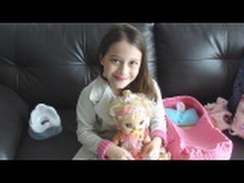 Review: Minha Baby Alive e seus acessórios Julia Silva