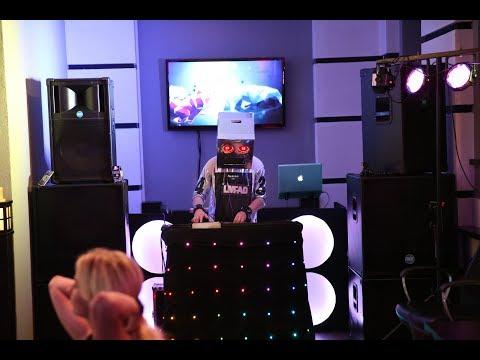 Диджей на праздник DJ SuperStar - фанк DJ-шоу в Клубе ведущих