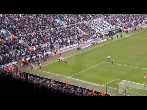 Goal Papiss Cisse 1-0 Newcastle United NUFC Fulham 7 april 2013 gallowgate stand st james' park