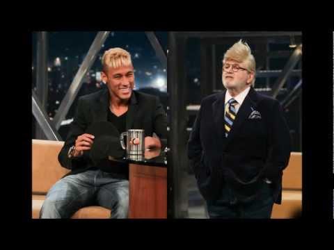 Jo Soares imitiert das Aussehen von Neymar in einem Interview mit Fotos ( Highlights)