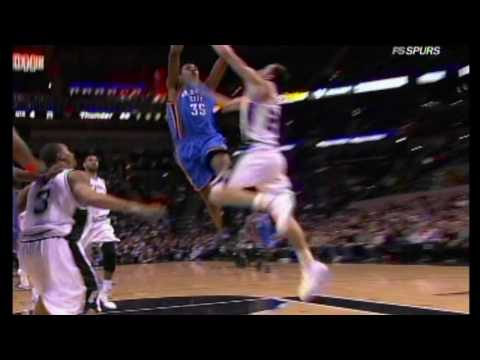 Manu Ginobili blocks kevin Durant!! Video