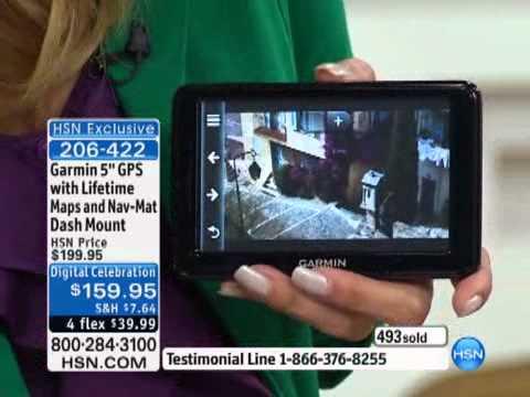 Garmin nuvi 2555LM 5 GPS with Lifetime Maps and Nav-Mat Dash Mount