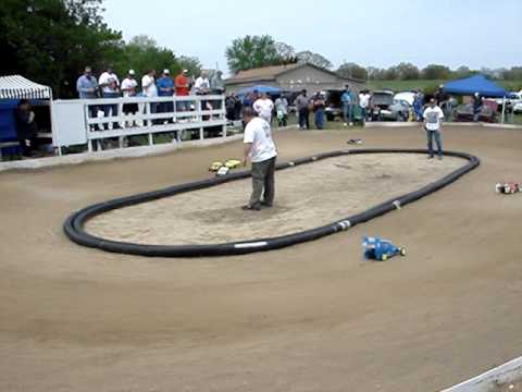 Checkered Flag Raceway * RC Dirt Oval Race Track * Opening Day * 5-3-09 * EDM Video