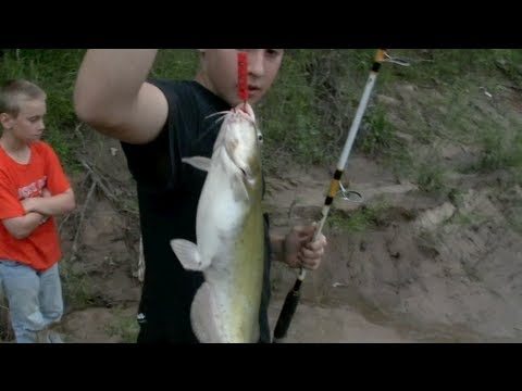 *Catfishing Tips* Channel Catfish from the bank with Secret 7