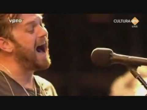 Kings of Leon - Pyro (live @ Pinkpop 2011)