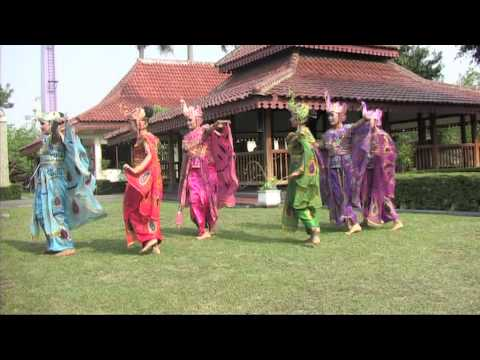 She Geulis - Tari Merak, Tari Bajidor Kahot, Tari Rampak Kendang video