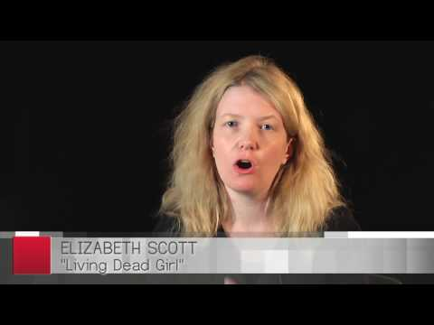 Elizabeth Scott: Living Dead Girl