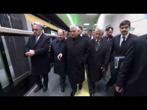 Cumhurbaşkanı Erdoğan Türkiye'nin Sürücüsüz İlk Metro Hattını Test Etti