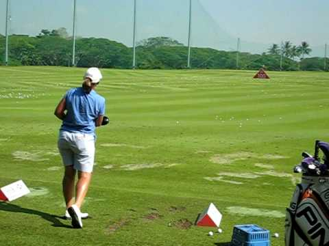 Angela Stanford at the driving range before the final round of the HSBC Women's Champion 2009 Video