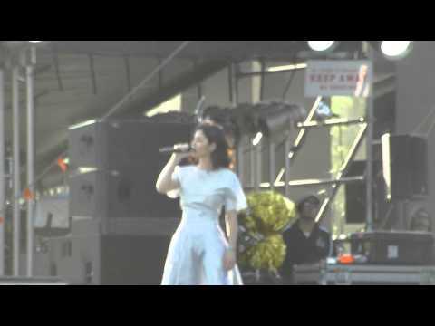Marina And The Diamonds - Savages (Coachella, Indio CA 4/19/15)