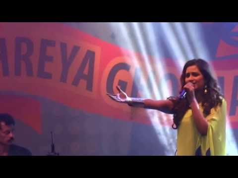 Shreya Ghoshal In Infosys Mysore- Live (sun Raha Hai Na Tu) video