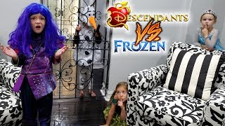 Frozen vs Descendants Last to Be Found Wins! Almost Lost a Kid!!!
