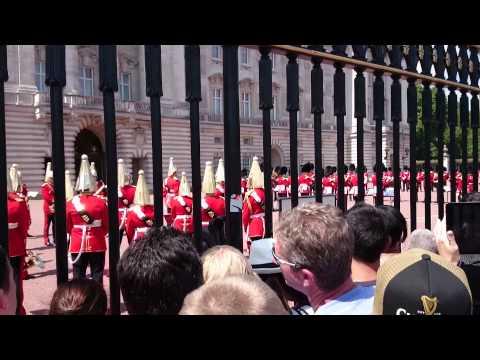 Buckingham Palace - Changing The Guard