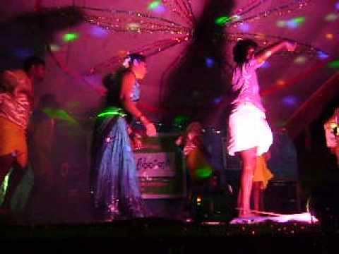 Tamil record dance|aadalum padalum hot 2013