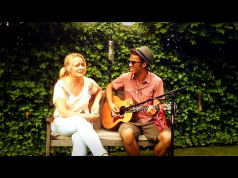 'Calm After The Storm' - The Common Linnets (Cover Nathan Green ft. mom)[LIVE]