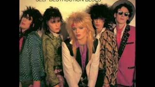 Watch Hanoi Rocks Cafe Avenue video
