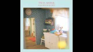 Watch Twin Sister Lady Daydream video
