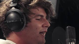 FABER «Umbrella» (Rihanna Cover) - SRF 3 Live Session