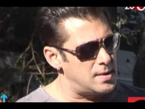Red Hot Countdown - Salman Khan's Sex Appeal, Shahrukh Khan's Blockbuster Diwali With Ra.one, & More... video