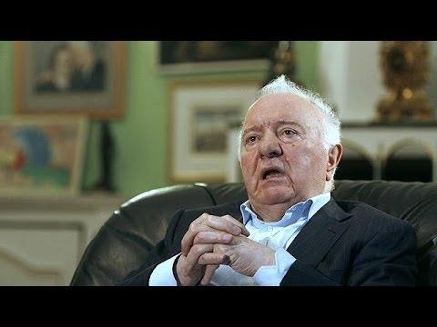 Former Soviet Foreign Minister Eduard Shevardnadze dies at 86
