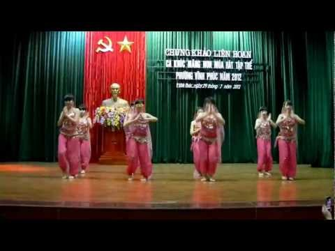 Nhảy Ấn Độ - Waka Waka video