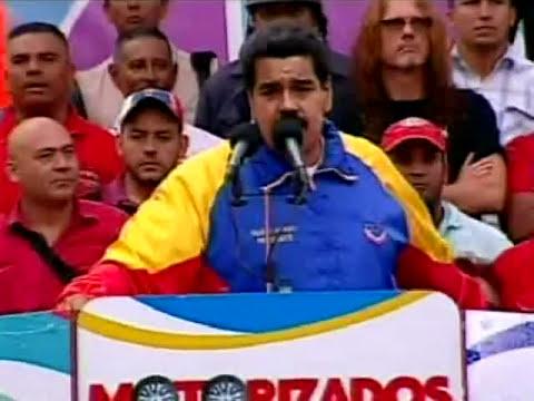 Maduro con motorizados en Miraflores