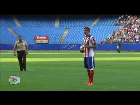 Atletico Madrid unveil Mandzukic