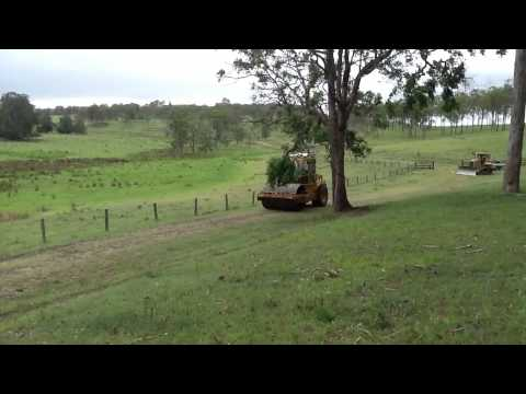 Metgasco road roller frightening stock on Doubtful Creek property during drilling operations