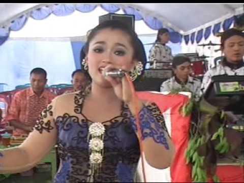Balisa Campursari Koplo :: Pring Kuning voc. Sri Hastuti