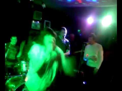 Jackson Kay Band Featuring Bev Bevins - Dakota (Feel like the one).mp4