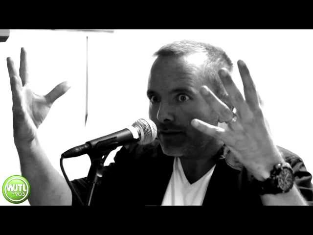 Chris Tomlin: White Flag