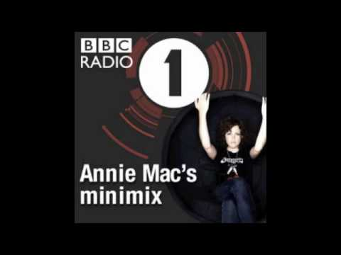 Utah Saints Mini Mix on Annie Mac's Radio 1 Show from 17 Feb 2012