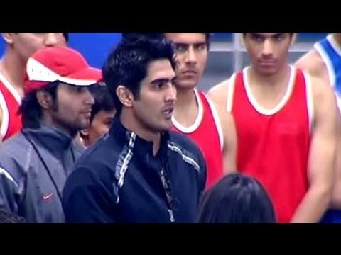 Vijender's fitness pathshala at Marks for Sports campaign
