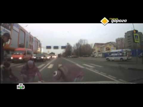 По вине лихачей за неделю в России на пешеходных переходах более 20 пешеходов погибло и 400 ранено.