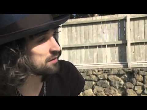 Interview  Kasabian's Serge Pizzorno - Big Day Out - NZ