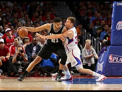 Tim Duncan Scores Double Double in Spurs Big Win