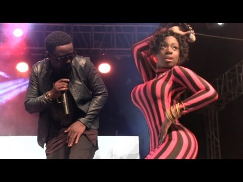 Sweetio - Raquel ft Sarkody Live Accra Sports Stadium