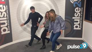 Claire Sweeney And Tom Chambers Teach Our Jacqui Blay Moves From The Musical Crazy For You