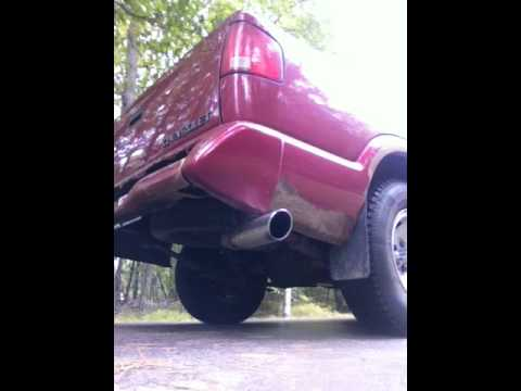 1997 Chevy s10 4.3L V6 with straight-pipe exhaust
