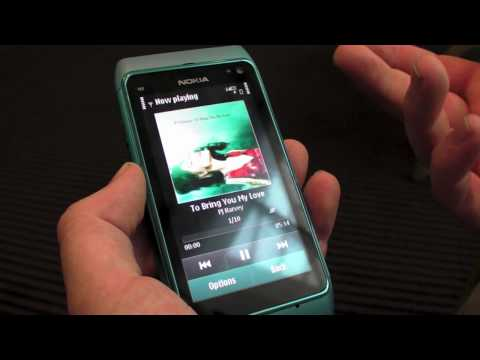 Rafe's Nokia N8 hands-on preview (in HD)
