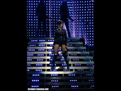 Rihanna  Pepsi Smash Super Bowl (LIVE)