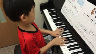 """Yuri(幼稚園) plays """" Let's Get Silly """" 瘋狂派對 - 05/30/2015"""