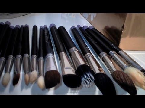 Καθαρισμός των πινέλων μακιγιάζ!Brush cleaning funtabulousTK