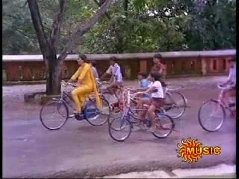 Nadhiya Children & Ice cream - Nostalgic song