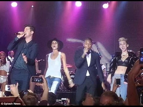 blurred Lines Robin Thicke, Pharrell Williams Whit Miley Cyrus & Leah Labelle. (live) video